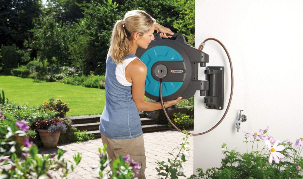 12 Best Retractable Hoses for More Convenience and Efficiency
