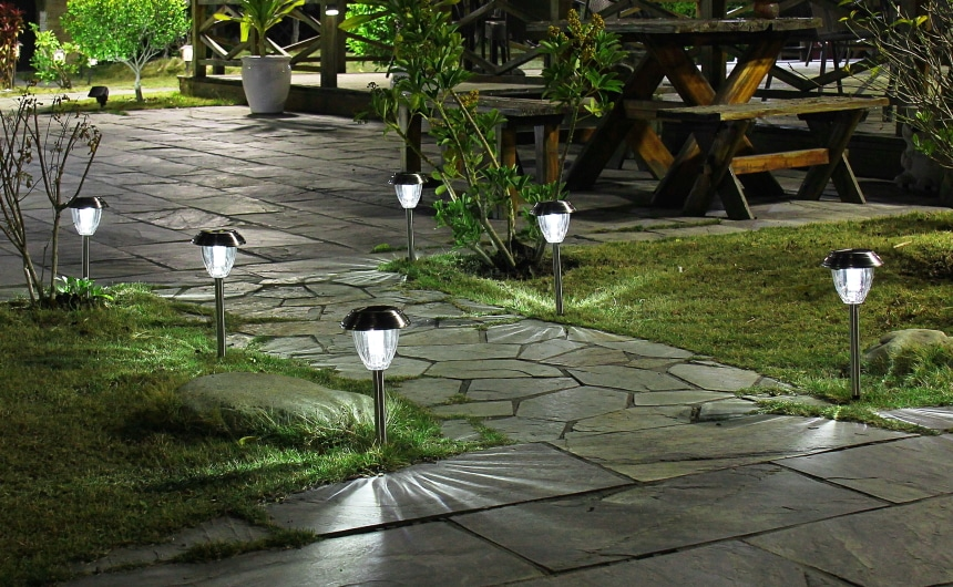 10 Most Beautiful Solar Lights for Garden – Create Relaxing Ambience in Your Yard!