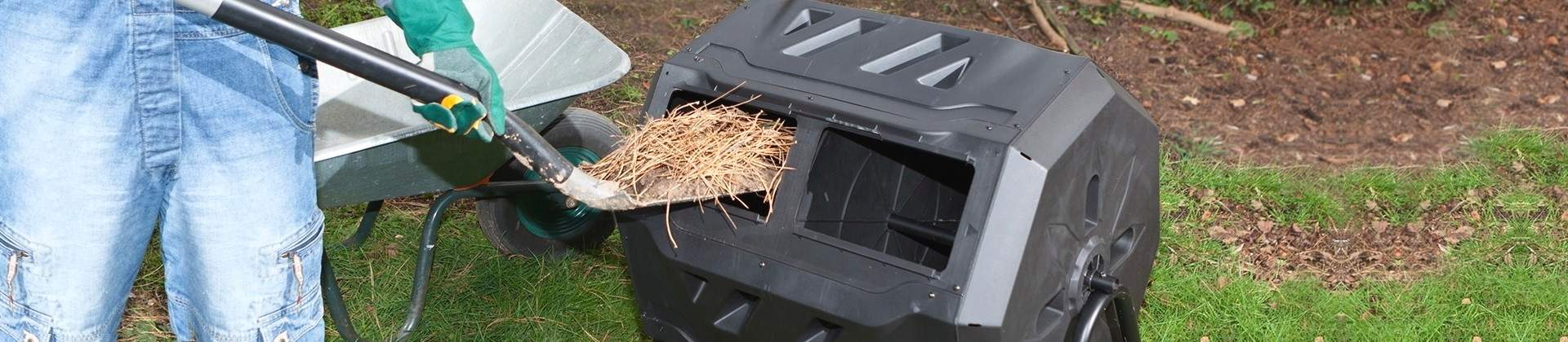 Best Compost Tumblers Reviewed in Detail