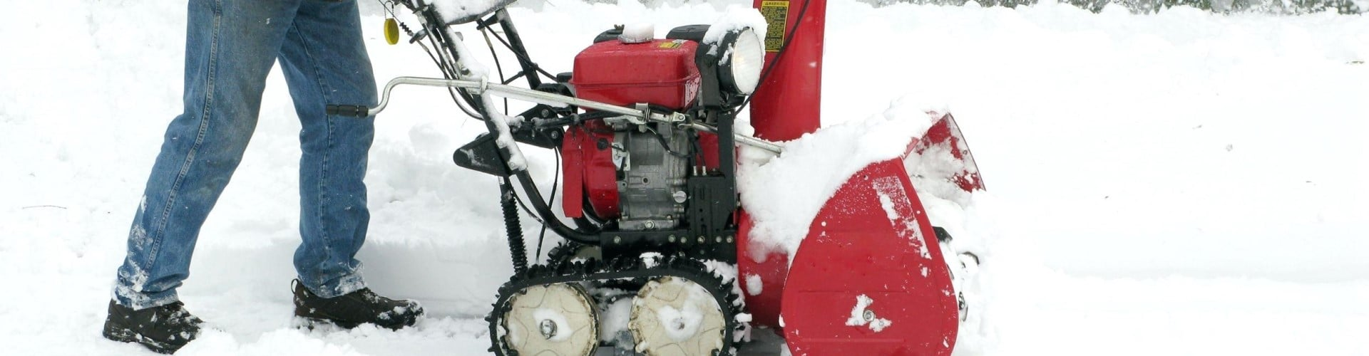 Five Best 2-Stage Snow Blowers Under $1000 – Reviews and Buying Guide