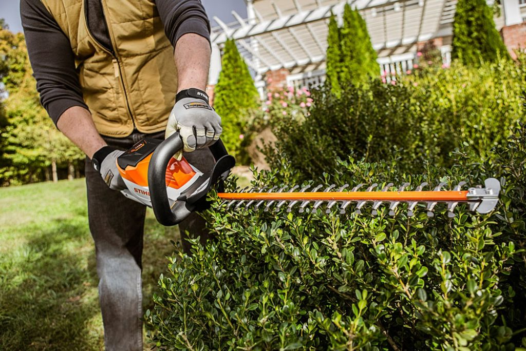 5 Best Gas Hedge Trimmers - More Power For Your Trimming