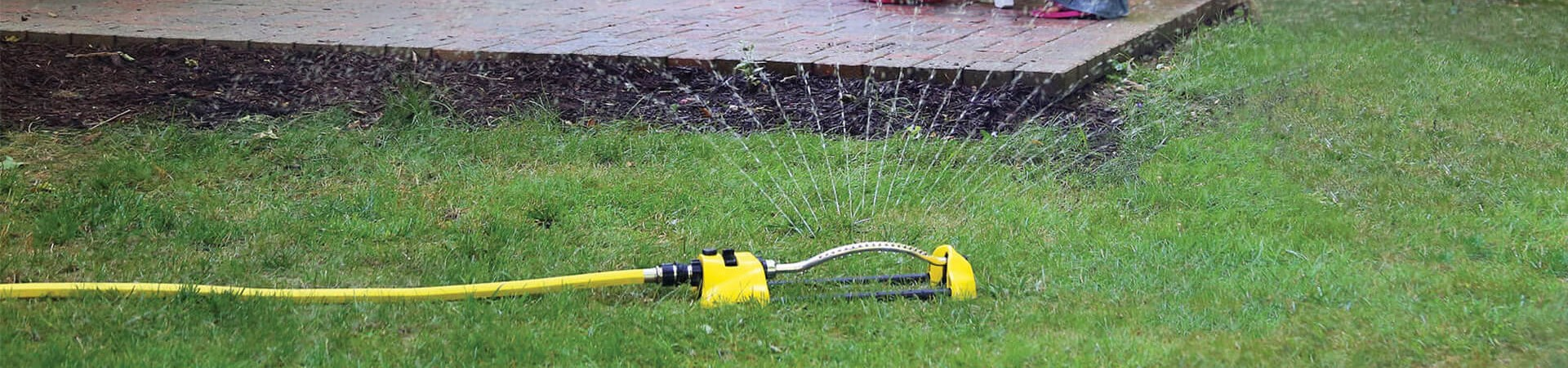 Best Oscillating Sprinklers Reviewed
