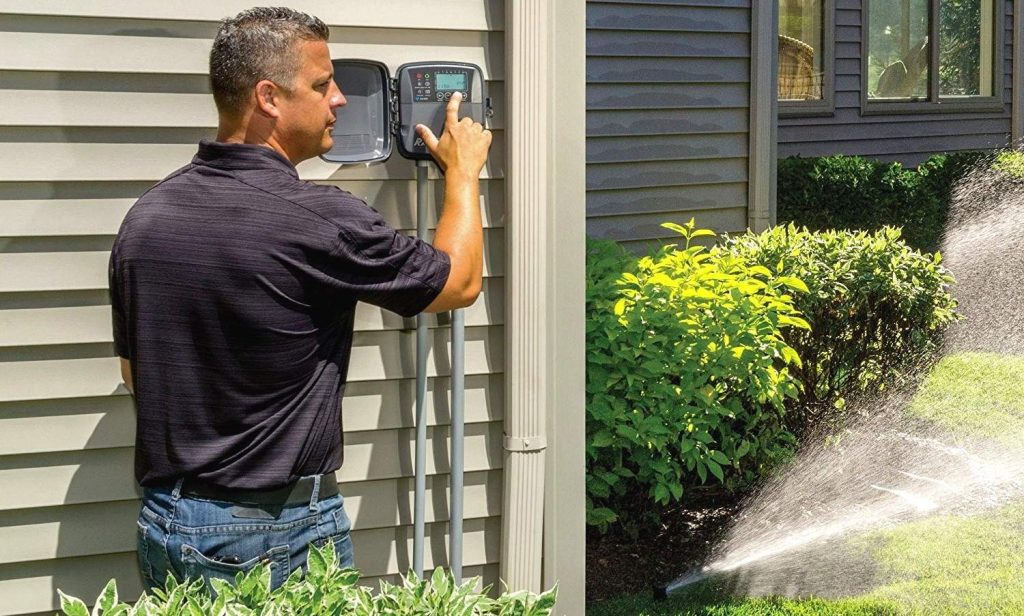 10 Best Sprinkler Controllers - Saving Your Money and Time!