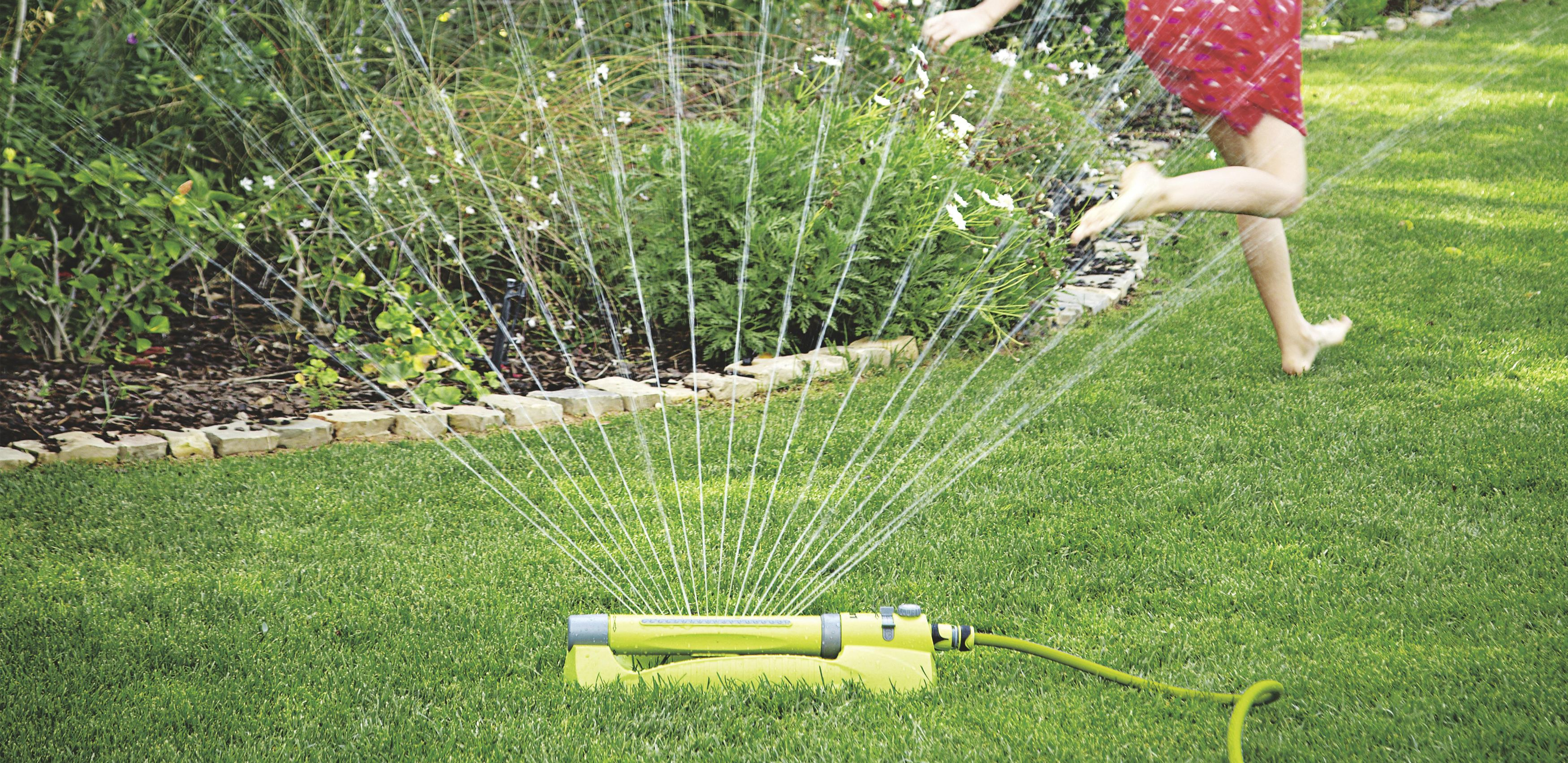 5 Best Sprinklers for a Small Lawn - Reviews and Buying Guide