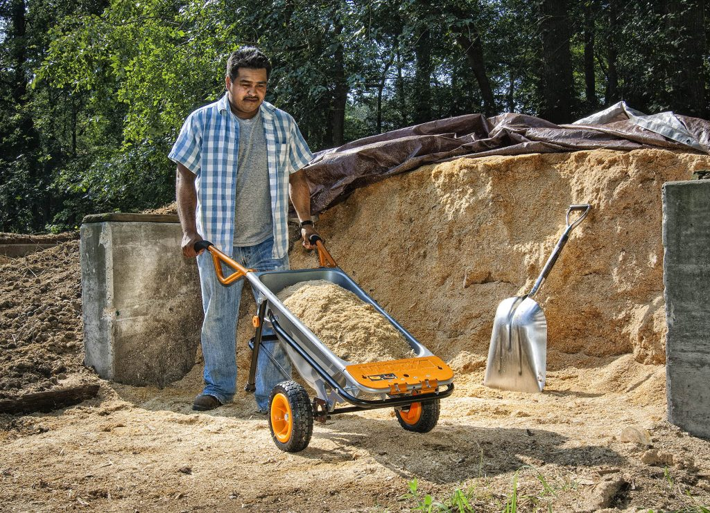 5 Best Wheelbarrows for Concrete to Help with Any Chore!