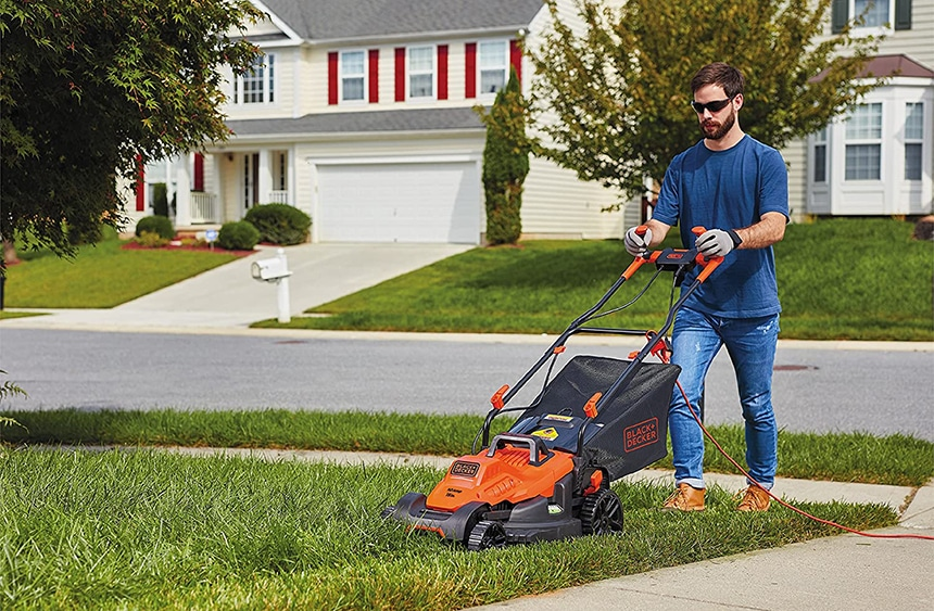 9 Best Lawn Mowers Under $400 - Great Quality And Good Price!