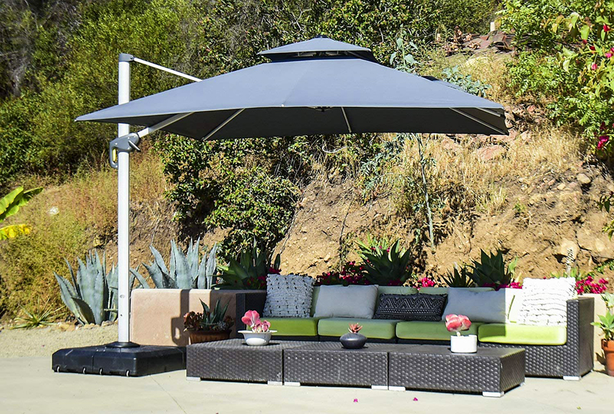 6 Best Cantilever Umbrellas for Superior Comfort and an Unobstructed View