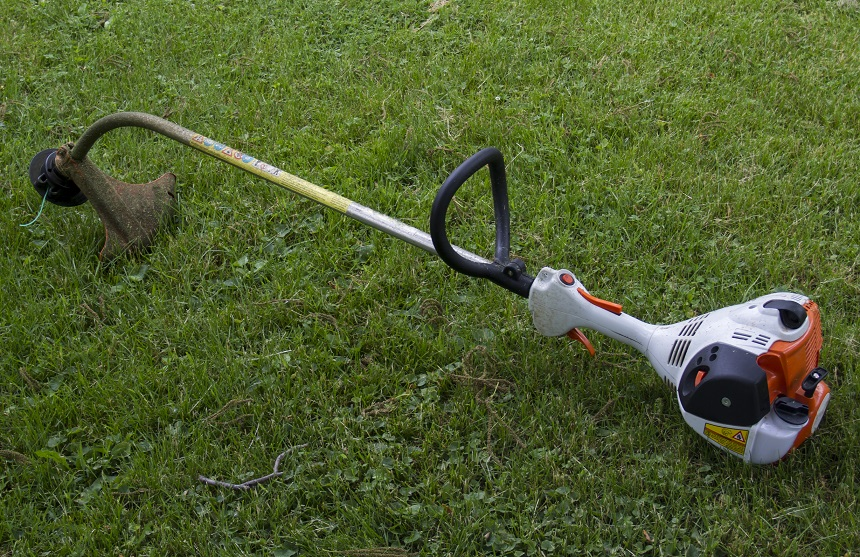 Electric vs Gas Weed Eater: Which Is Better For You?