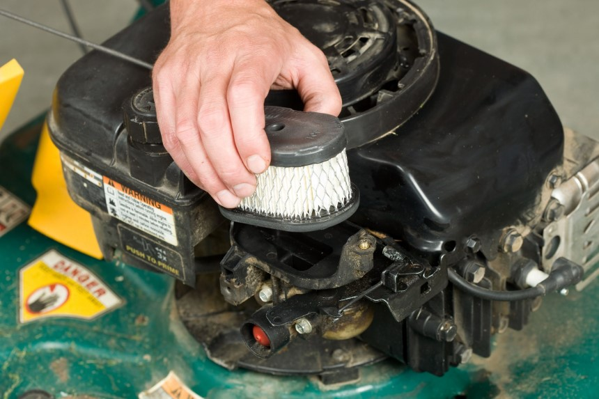 How to Clean a Lawn Mower Paper Air Filter