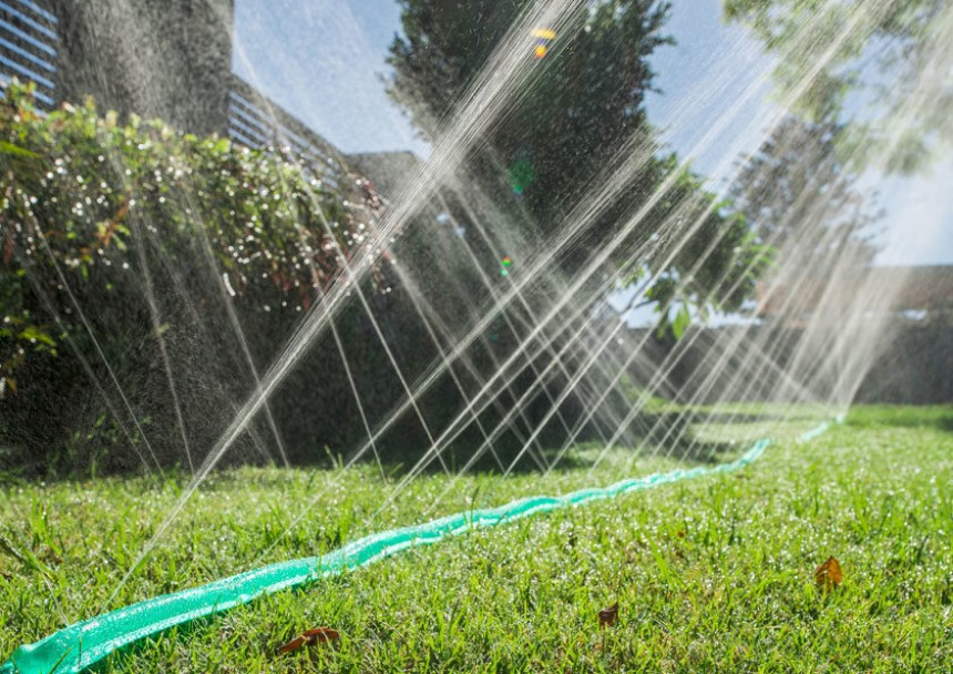 How Long to Run Soaker Hose: Tips from Experts